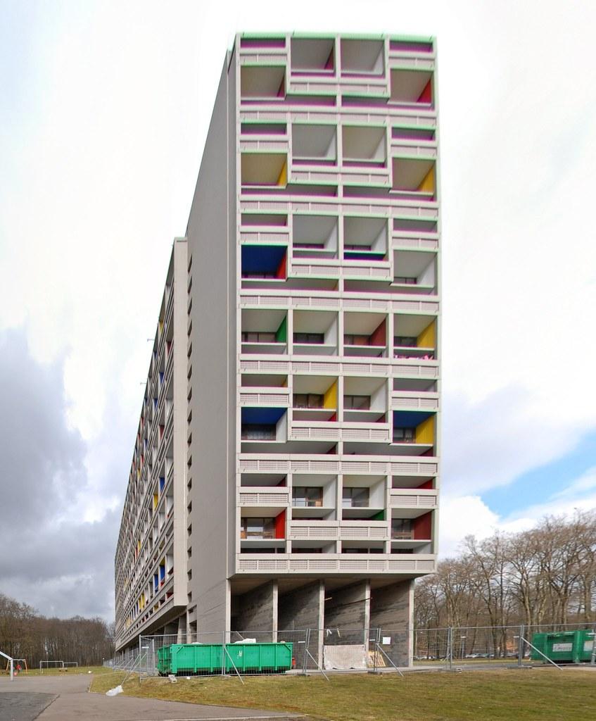 ساختمان شهر شفاف